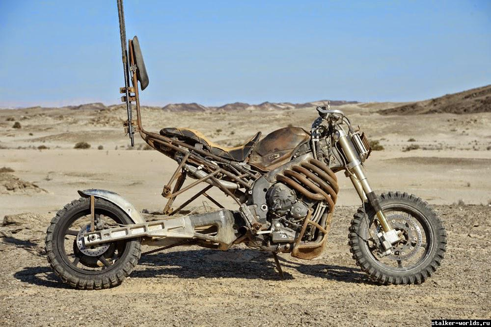 sw_1479461878__fury-road-motorcycle-9.jp